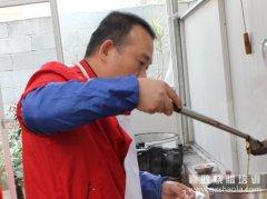 烤鸭和烧鸭一直是我们中国的特色