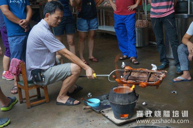 广东烧乳猪