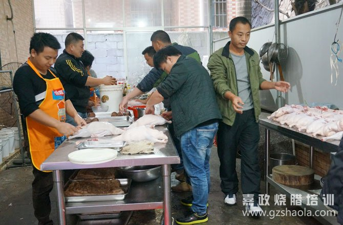 广州烧鹅 烤鸭