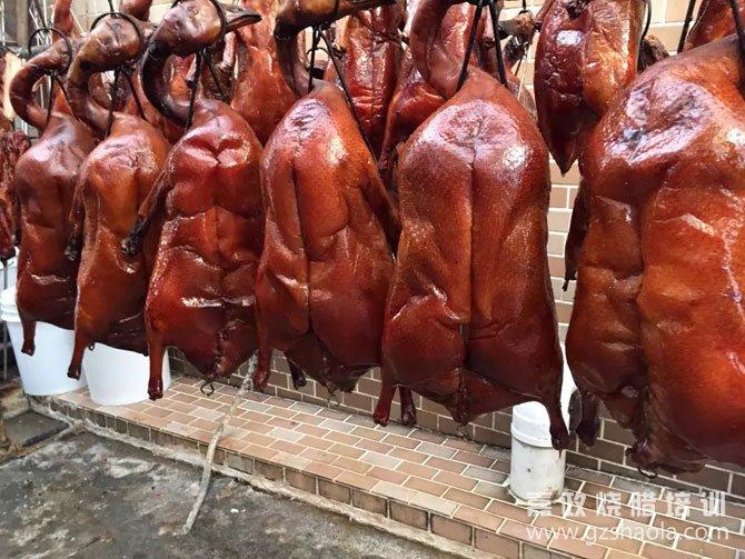 烧鹅、烧鸭的皮脆度能保持多