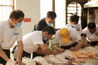 辛辛苦苦参加广州嘉政烧腊技术培训班能学到什么?