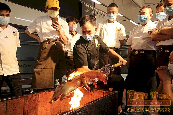 广式烧腊烧乳猪培训课堂