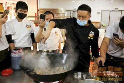 跟广东地区其它烧腊培训机构相比,广州嘉政烧腊培训学校的区别在