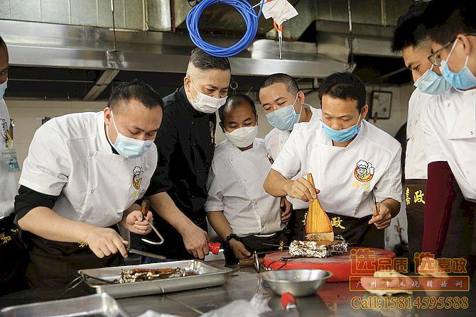 烧腊快餐店经营,广州广式烧腊技术培训