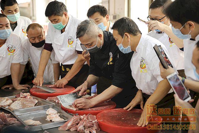 广州嘉政正宗烧腊技术培训现场