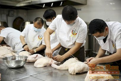正宗广式烧鸭烧鹅培训,教你怎样正确宰杀一只鸭子
