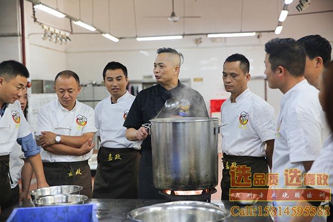 广式烧腊做法培训,广东哪家烧腊培训机构技术最正宗?